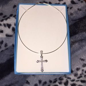 "Jewelry - Piercing Pagoda 16"" round necklace with cross"